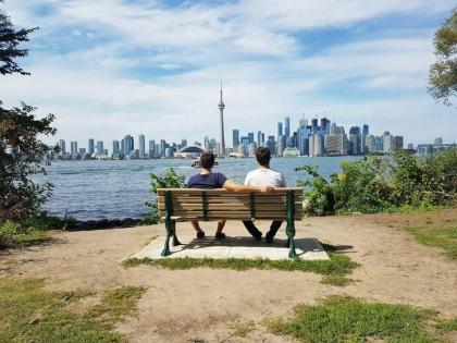 Study English this summer in Toronto