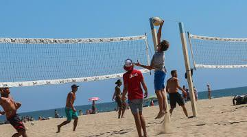 Beach volleyball California