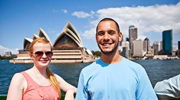 Kaplan students out front of Sydney Opera House