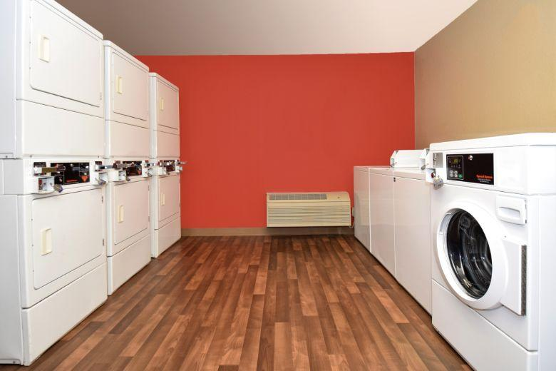 Extended Stay America: laundry