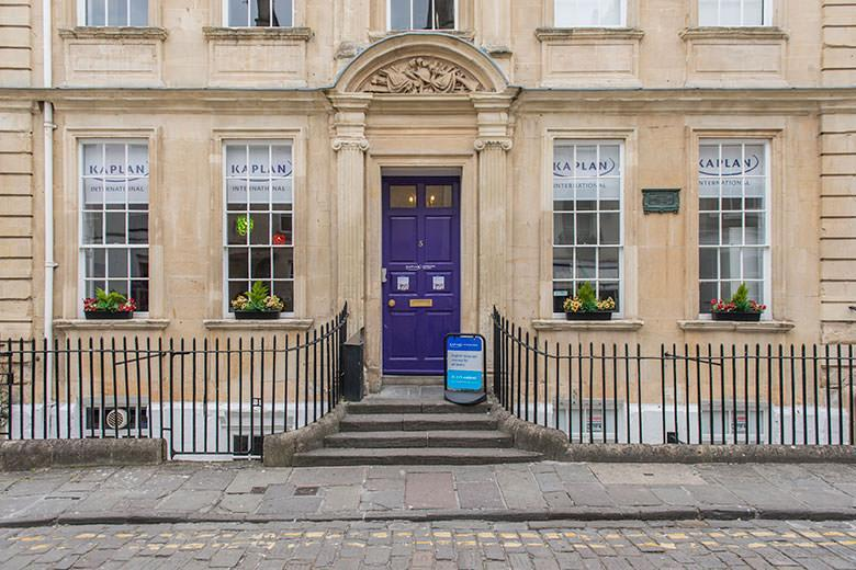 Kaplan English school in Bath