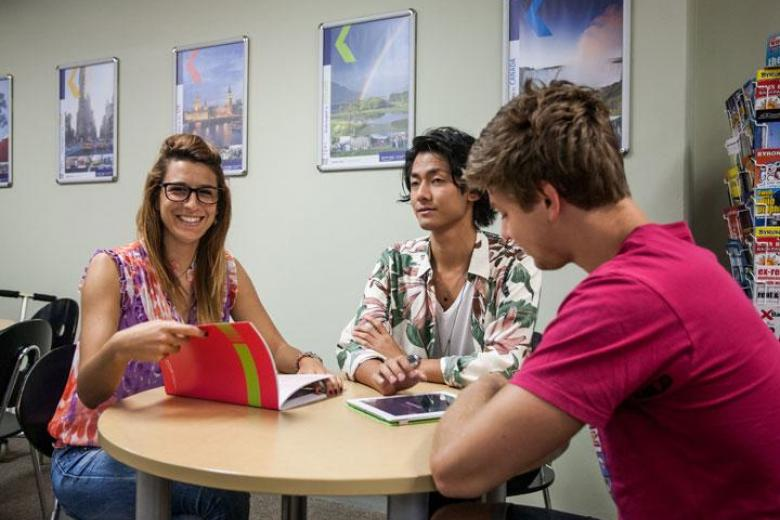 Students studying in Kaplan's English school in Sydney