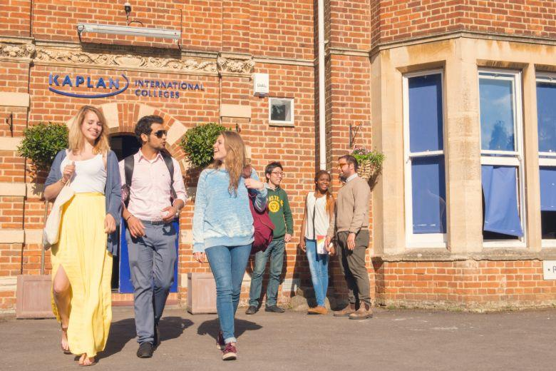 Students at the entrance to the Kaplan Oxford School
