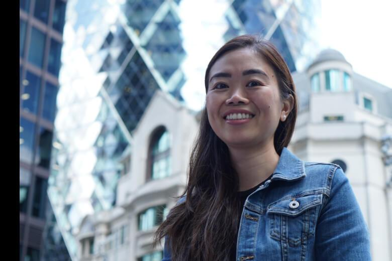 Kaplan International students exploring London on a 30+ English program