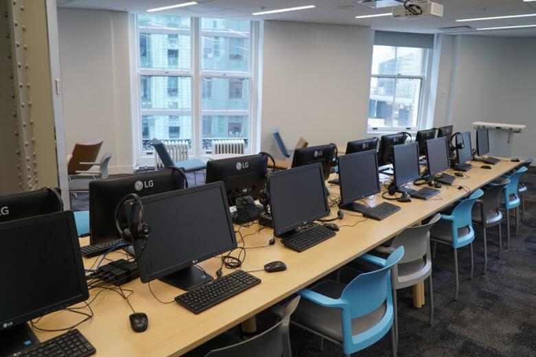 Computer lab at Kaplan International New York